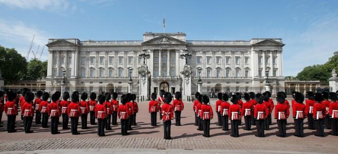 Santos op staatsbezoek Verenigd Koninkrijk