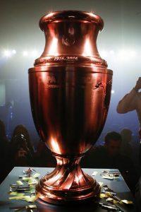 Trofee_Copa_América_Centenario_03