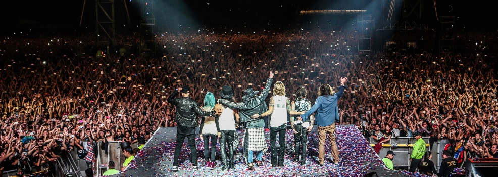 Guns N' Roses geeft concert in Colombia voor ruim 40.000 fans