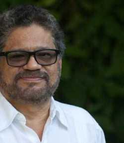 Ondergedoken FARC-leider laat zich horen via videoboodschap