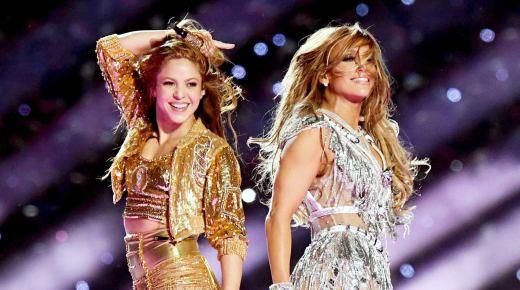 Shakira en Jenifer Lopez schitteren tijdens Super Bowl