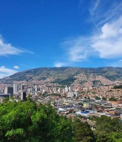 Winkels en bedrijven in Medellín openen op 8 juni hun deuren
