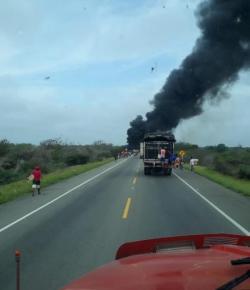 Dodental explosie brandstoftruck opgelopen tot 10