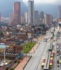 Drie stadsdelen in Bogotá weer in quarantaine