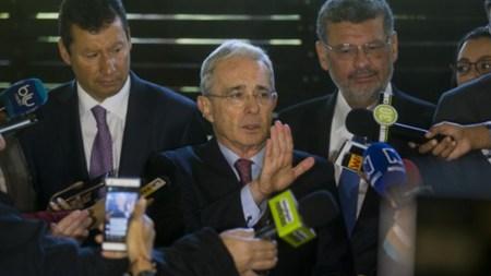 alvaro uribe velez diego cadena abogado