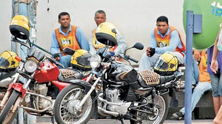 mototaxi colombia gobierno ivan duque