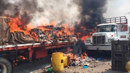 camion quemado ayuda humanitaria venezuela
