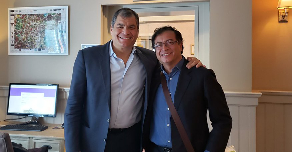 Llamativo encuentro de Petro y Correa en Bruselas, donde hablaron ...