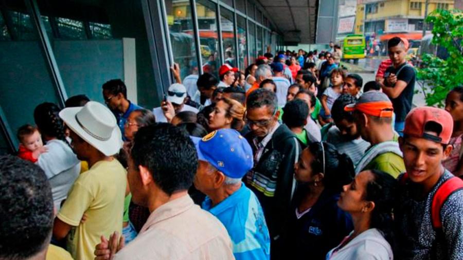 venezolanos colombia empleo