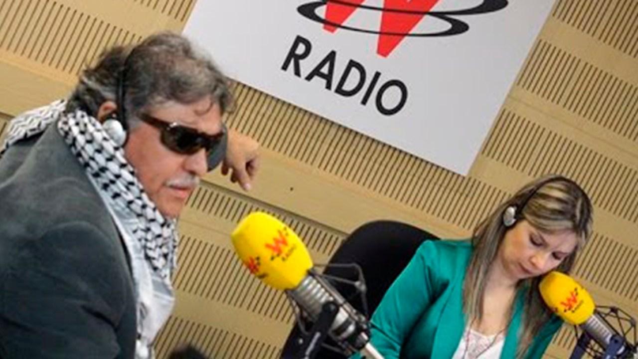 """Vicky Dávila dijo sentirse preocupada porque 'Santrich' le mandó un """"saludo  especial"""""""