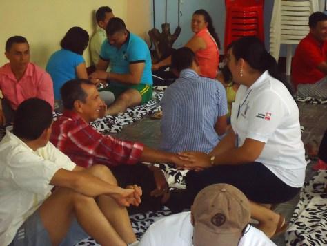 Miembros de la asociación Unidos por la Vida realizan un taller de valoración médica / Foto: Pastoral Social Florencia (Caquetá)