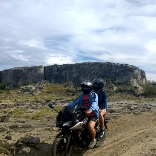 Traveling by Motorcycle to the Desetarto de la Tatacoa - Viajes Colombia