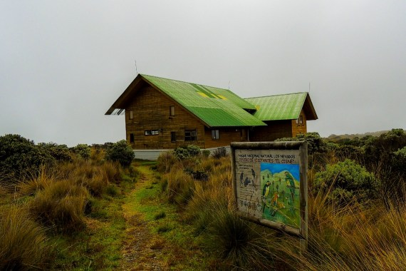 Centro de visitantes El Cisne- PNNN- Los Nevados