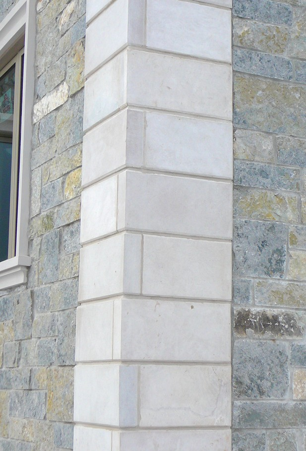 Indianna Limestone Extremely Large Veneer Corners {with chamfered edge}
