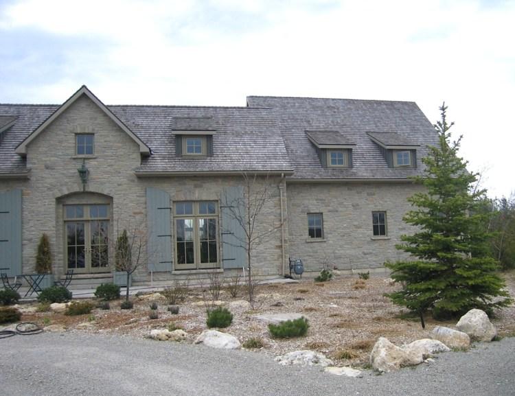 Ottawa Valley Limestone House