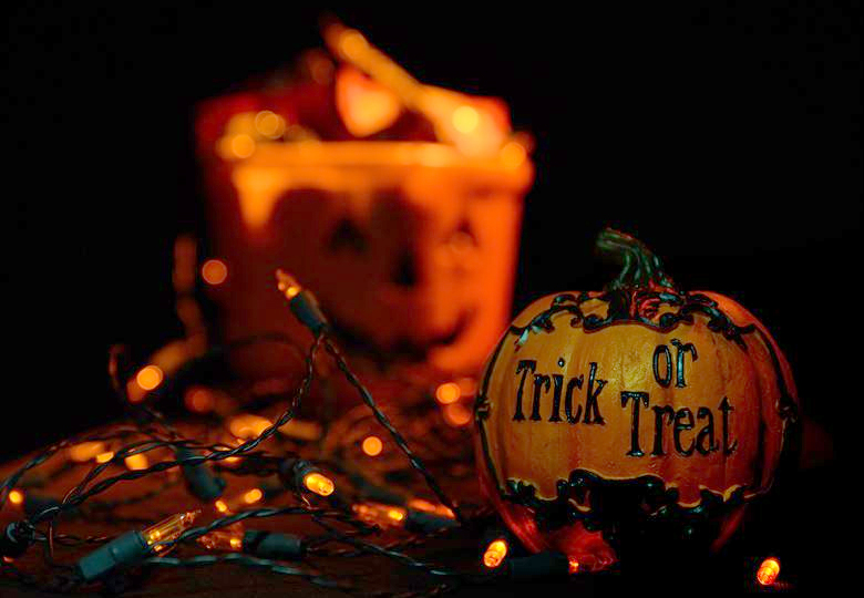 The Great Halloween Date Debate: Move Halloween to the Last Saturday of October?