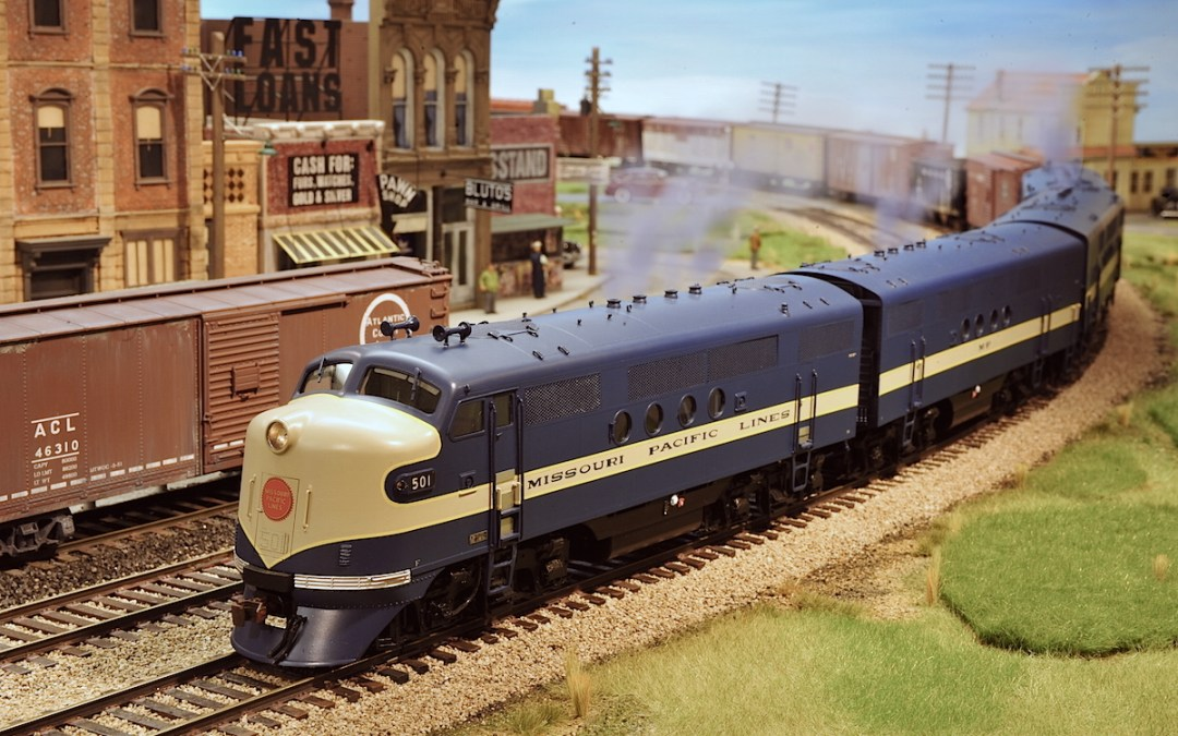 We will not be exhibiting at the Boulder Model Railroad Show December 2015