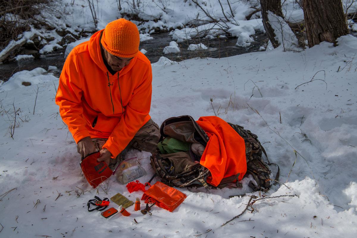 Hunter reviews survival kit