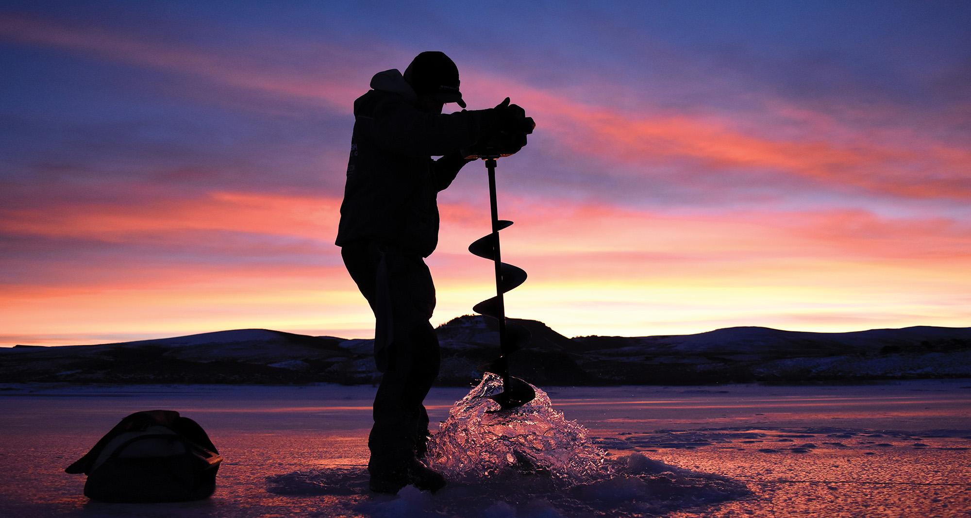 Tyler Stephen Werner Ice fishing