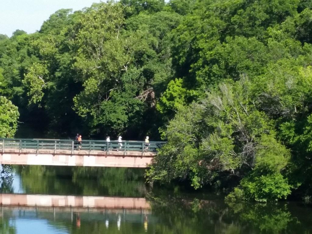 Lady Bird Lake YRE, walkers on boardwalk