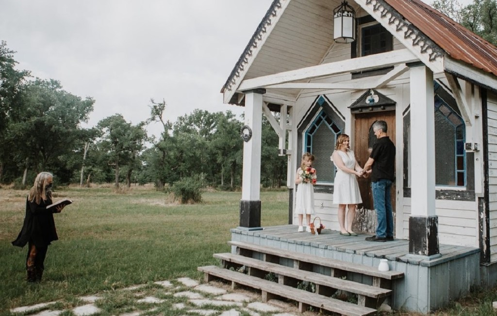 Wedding ceremony at Tiny T Ranch