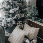 How To Quickly Decorate A Flocked Christmas Tree Color Chic