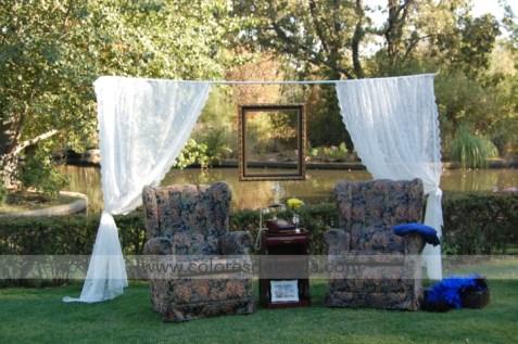 colores-de-boda-photobooth-cortinas-marco-butacas