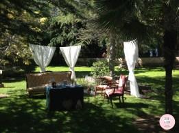 colores-de-boda-photoboth-sillones-cortinas-vintage-chiara-manuel