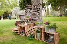 colores-de-boda-seating-plan-palets-vinilos-damajuanas-flores-organizacion