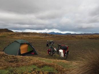 Camp im Nirgendwo der Berge