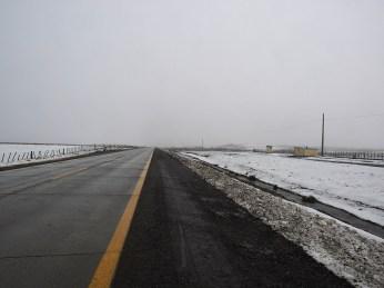 Hier noch wenig, dan hat's immer mehr Schnee