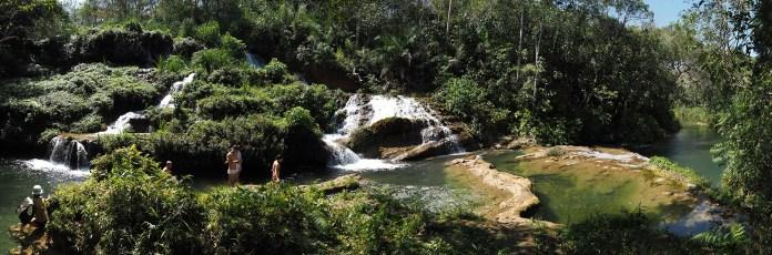 Ein erfrischendes Bad im Rio do Peixe