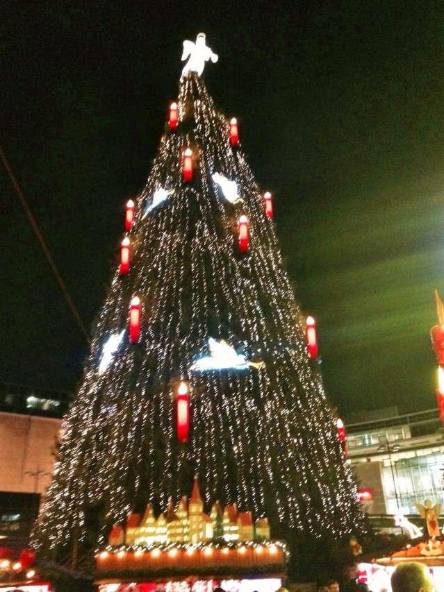 Höchster Weihnachtsbaum der Welt