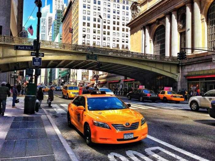 Taxi vor dem Grand Central Terminal