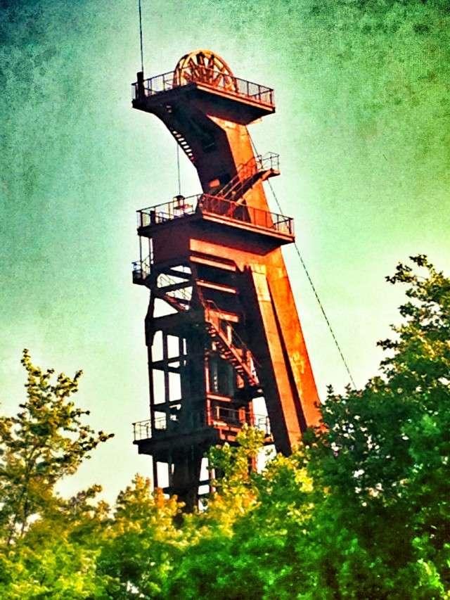 Der alte Zechenturm teht bis heute