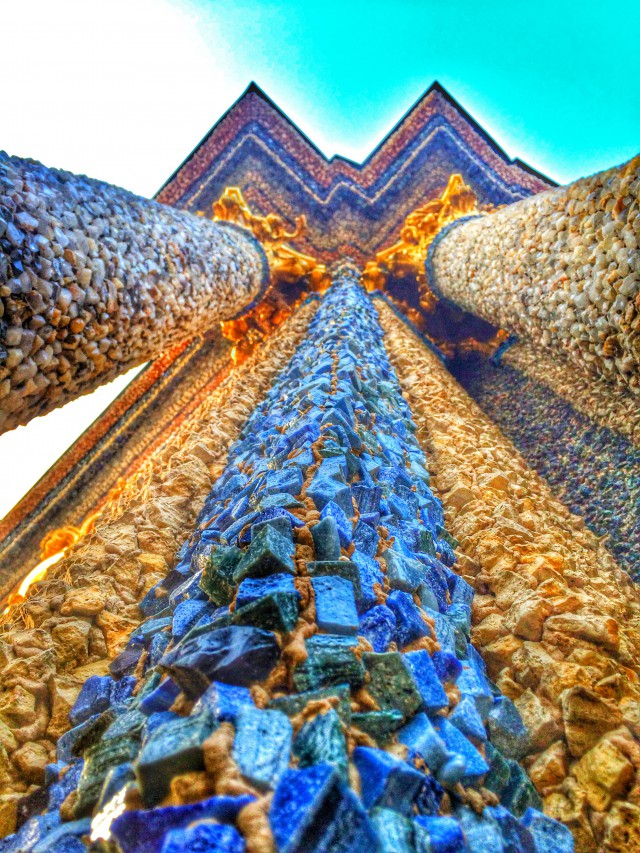 Säulen am neuen Schloss