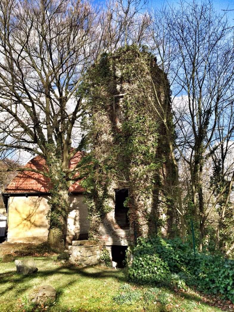 Alter Turm auf Haus Ruhr