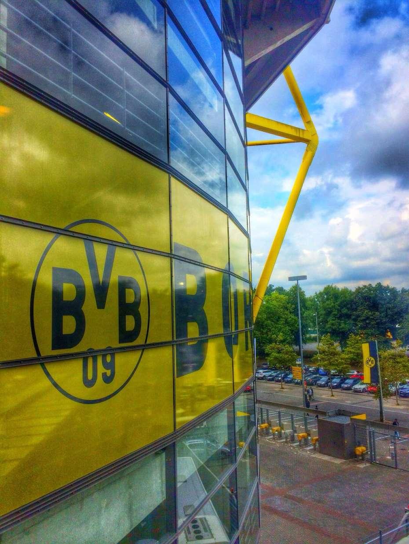 Das Borusseum liegt zwischen Nord- und Westtribüne in einer Ecke des Stadions