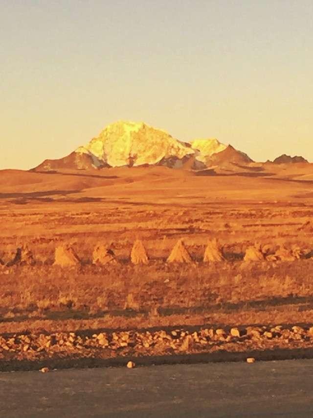 Sonnenuntergang im Hochland in Bolivien