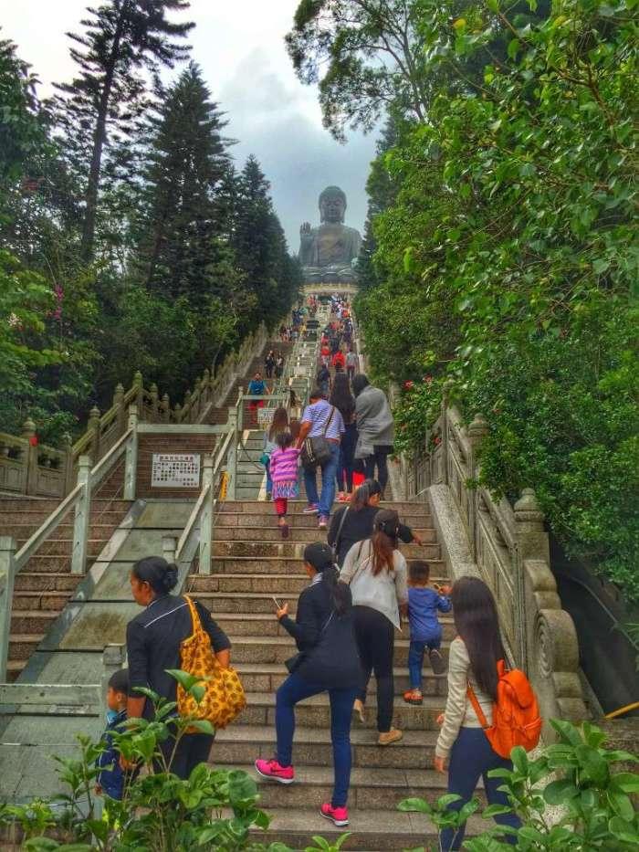 Treppen zu Big Buddha
