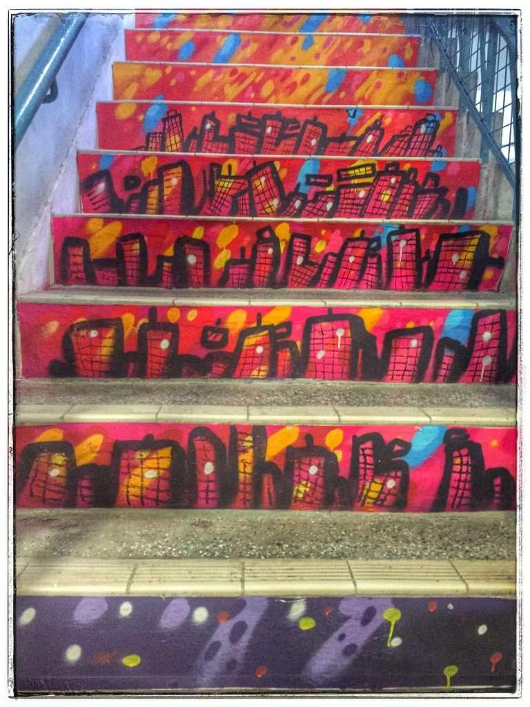 Von Designern gestaltete Treppe im PMQ