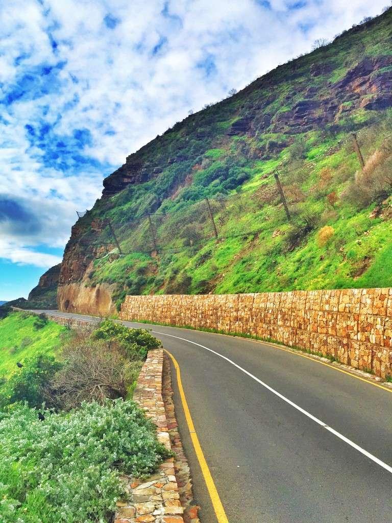 Die Mautstraße zwischen Bergen und Meer