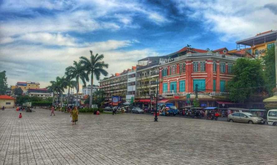 Sisowath Quay – die Uferpromenade in Phnom Penh