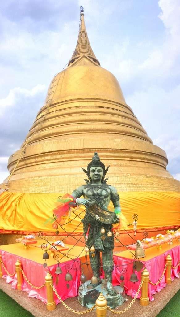 Das goldene Dach des Tempels hat dem Berg seinen Namen gegeben