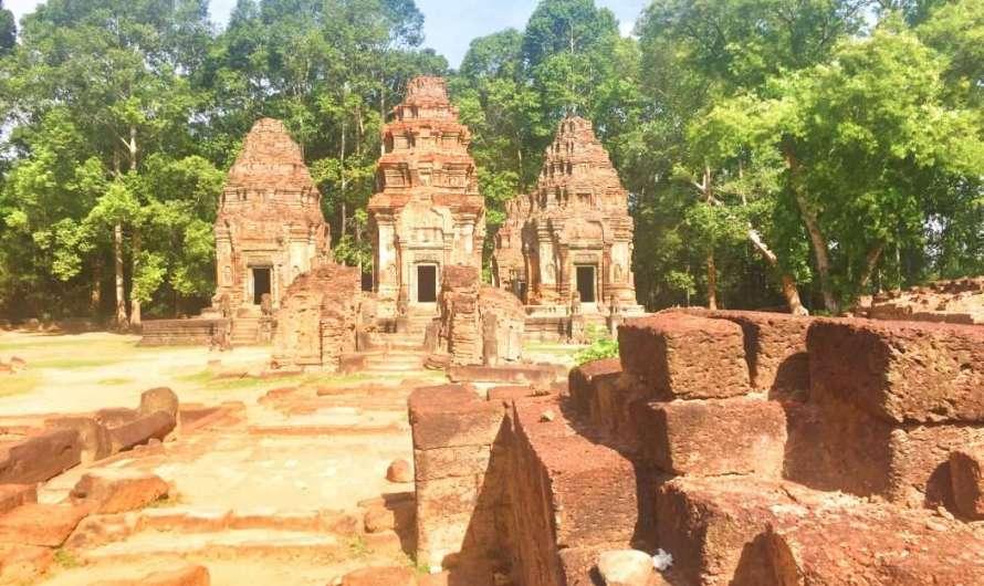 Kleiderordnung und Hitze in Angkor Wat
