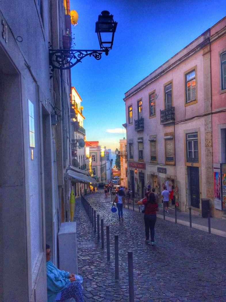 Der Weg zur Burg führt durch die Altstadt
