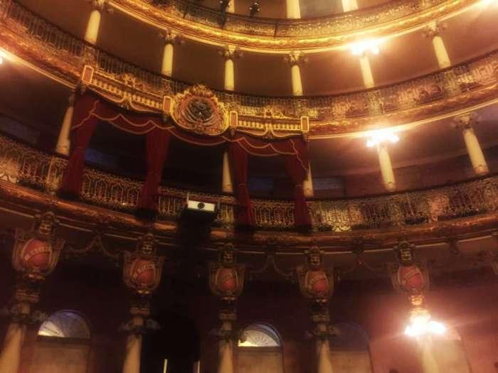 Das Opernhaus innen