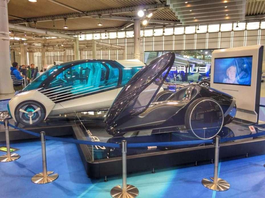 Toyota stellt auch Studien und Concept Cars aus