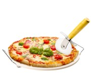 pizza stone with cutter