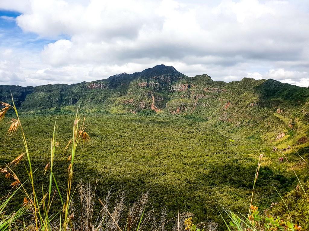 Mount longonot kenya hike
